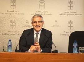 """Llamazares emplaza a Garzón a recuperar """"la identidad"""" de IU en el Congreso y para próximas elecciones"""