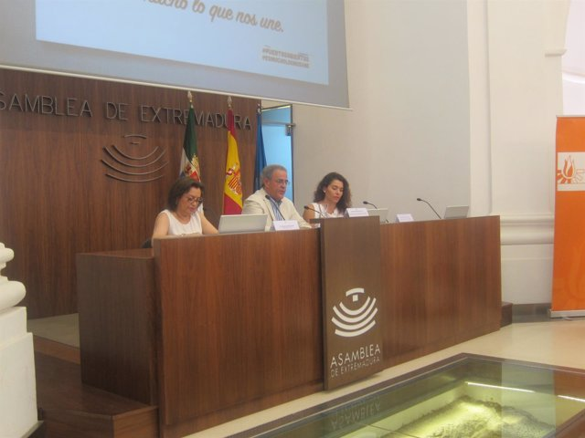 El vicepresidente primero de la Asamblea de Extremadura durante el acto