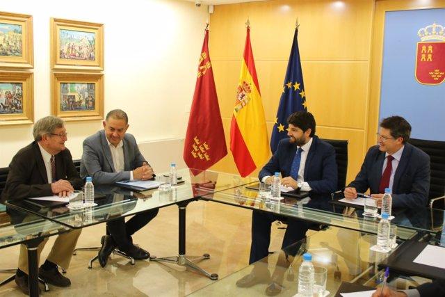 Fotos/ El Jefe Del Ejecutivo Regional, Fernando López Mi Ras, Recibe Al Presiden