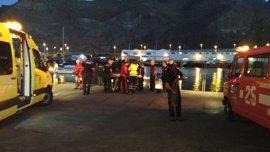Herido un hombre tras caer al mar con su coche en la dársena de Santa Cruz de Tenerife