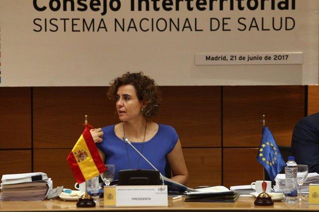 Dolors Montserrat preside la reunión del consejo Interterritorial de Salud