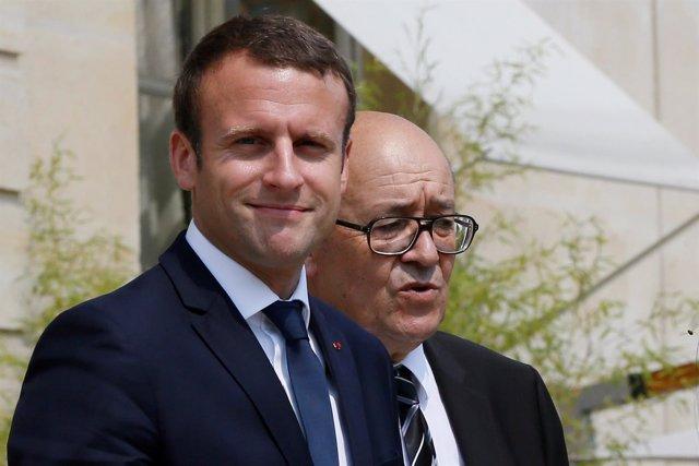 Emmanuel Macron y Jean-Yves Le Drian
