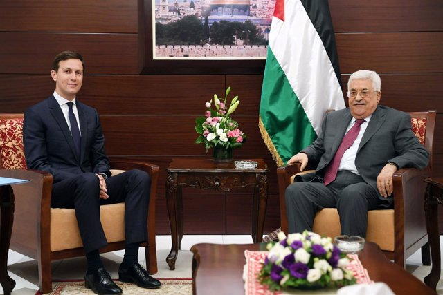 Abbas se reúne en Ramala con Jared Kushner, yerno de Trump