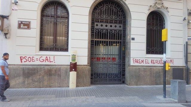Atacan la sede del PSC en Lleida
