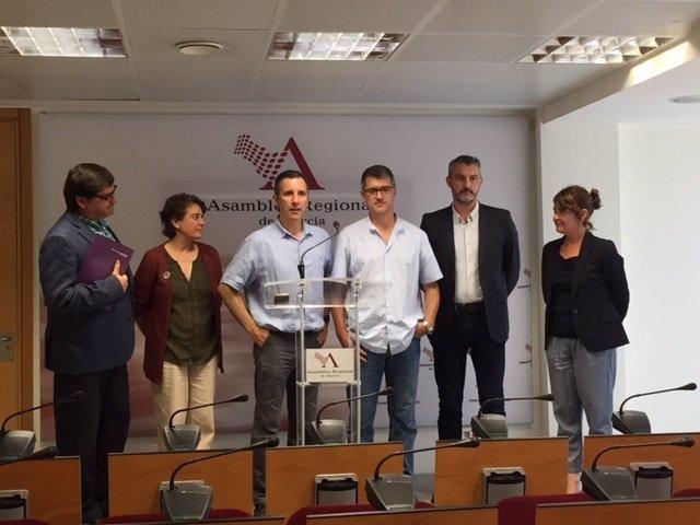 Presentación García Quesada Podemos en la Asamblea