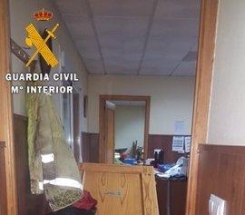 La Guardia Civil detiene a dos miembros de un grupo acusado de 13 robos en las Vegas Bajas y busca a otros cuatro