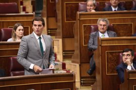 """Rivera tilda de """"irresponsable"""" el cambio del PSOE sobre el CETA, un tratado """"ejemplar"""""""