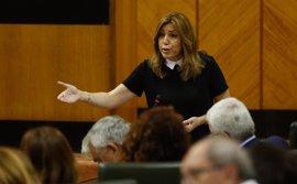 Susana Díaz espera consenso en la renta mínima de inserción e IU pide fondos suficientes