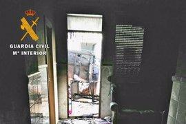 """Investigado un vecino de Arroyo de San Serván por incendiar dos veces una vivienda por """"conflictos vecinales"""""""
