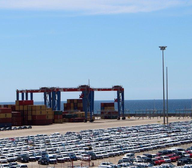 Terminal noatum puerto de málaga marítimo grúas toneladas contenedores