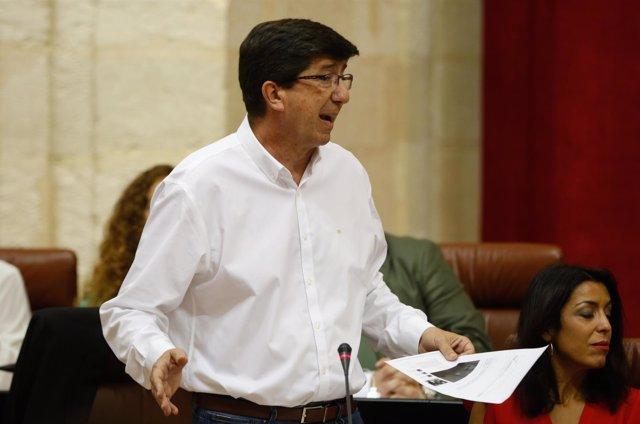 Juan Marín pregunta a Susana Díaz en el Parlamento andaluz