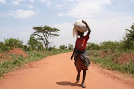 La UE anuncia 85 millones para apoyar a Uganda en la acogida creciente de refugiados