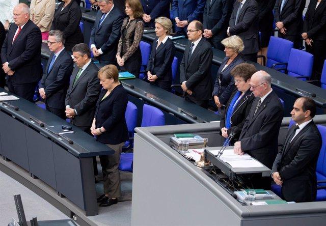 Homenaje en el Parlamento alemán a Helmut Kohl