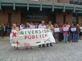 Sindicatos de la UC exigen extender las medidas para estabilizar el empleo público a 600 empleados no docentes