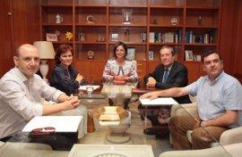 Carmen Calvo se suma a la comisión sobre la Mezquita de Córdoba que preside Mayor Zaragoza