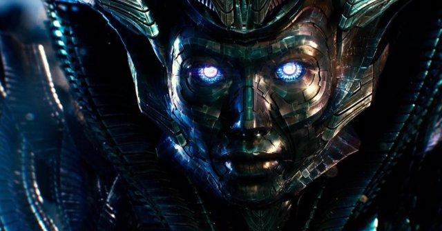 Quintessa en Transformers 5: El último caballero