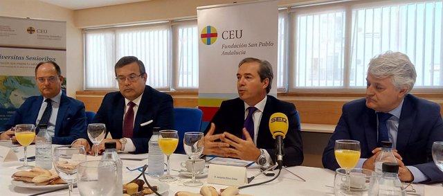 Desayuno informativo con el vicepresidente de Bidafarma, Antonio Pérez Ostos