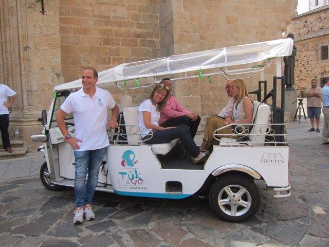 Se pone en marcha un servicio de Tuck-tuck en Cáceres