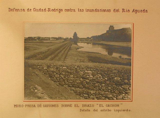 Muro-presa de Gaviones sobre el brazo 'El Cachón'