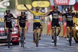 Froome lidera el Team Sky, con Landa y Nieve, en busca de su cuarto Tour