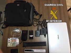 Detenido un vecino de Andújar acusado de robar 5.000 euros del interior de un vehículo