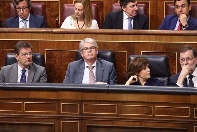 Alfonso Dastis en el debate de la moción de censura contra Rajoy
