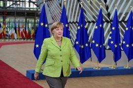 """Merkel destaca la """"creatividad"""" y """"buen impulso"""" de su entendimiento con Macron para el beneficio de la UE"""
