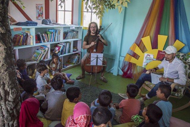Proyecto de cooperación cultural en el campo de refugiados Nea Kavala de Grecia