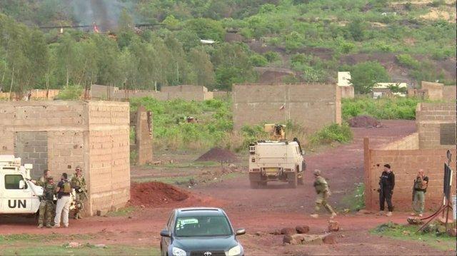 Fuerzas malienses se dirigen al hotel atacado cerca de Bamako