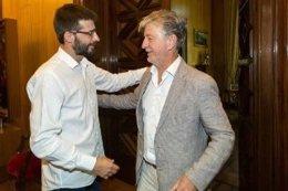 Álvaro Sanz (IU) y Pedro Santisteve (ZEC) se han reunido hoy en el Ayuntamiento