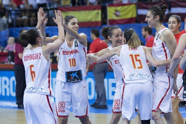 España vence a Letonia y peleará con Bélgica por un puesto en la final