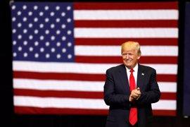 Trump expresa su apoyo al plan presentado por los republicanos en el Senado para derogar el 'Obamacare'