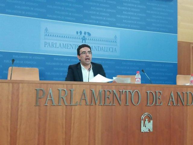 El portavoz parlamentario del PSOE-A, Mario Jiménez