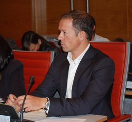 El nuevo portavoz del PSOE en el Senado debutará preguntando por la corrupción del PP en un Pleno sin Rajoy