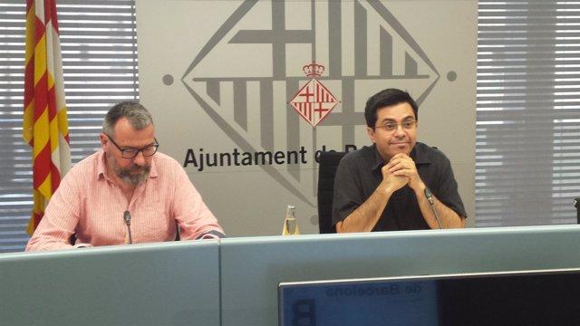 El teniente de alcalde G.Pisarello y el director de Estadística, M.Boada
