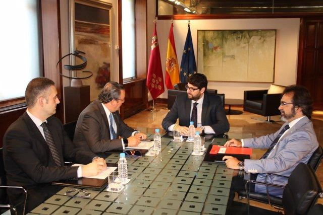 Fernando López Miras se reúne con Frecom