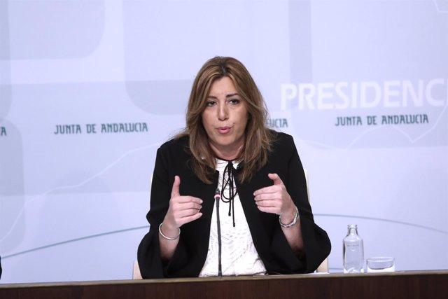 Susana Díaz en rueda de prensa junto al comisario europeo Pierre Moscovici