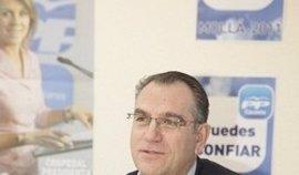El alcalde de Caudete dimite formalmente en pleno para que el PP pueda seguir gobernando