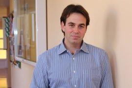 Investigadores de la UPO participan en un proyecto para predecir la evolución de la plaga de la mosca del olivo