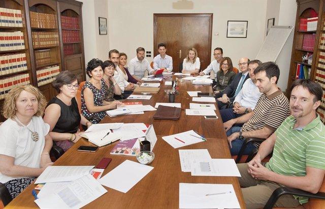 Izaskun Goñi preside la reunión del Consejo Navarro del Trabajador Autónomo