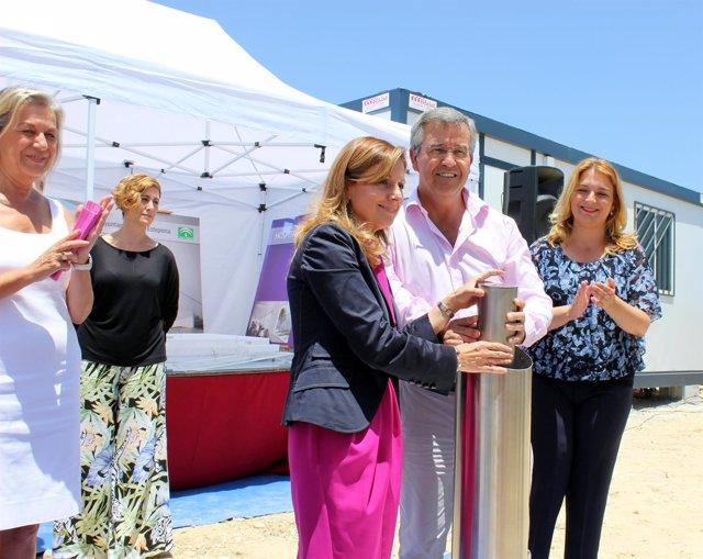 Alcalde de Estepona Jose María García Urbano primera piedra hospital