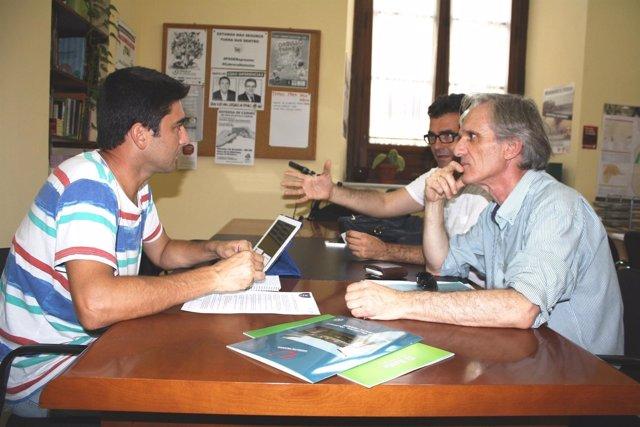 Sánchez con representantes de Faecta.