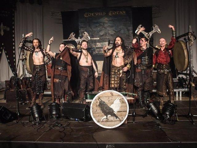 El gaitero Carlos Núñez y la banda alemana Corvus Corax actuarán en Cortegana.