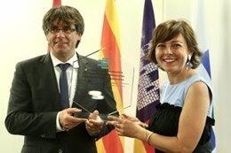 El presidente Carles Puigdemont y la presidenta de la Región de Occitània