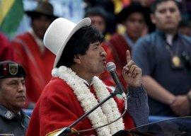 Morales compara la política migratoria de Chile con el muro de Trump