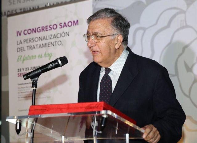 El doctor José Andrés Moreno Nogueira