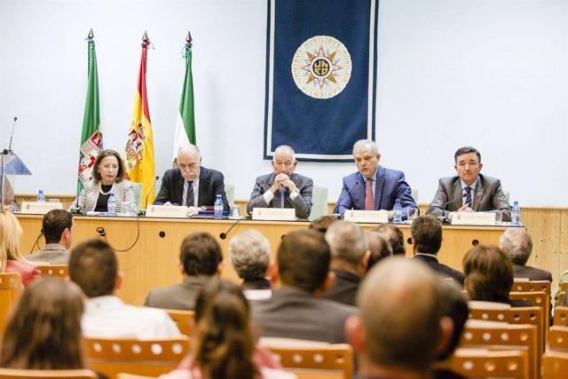El nuevo acuerdo entre UNED y Diputación garantiza prácticas en la institución.
