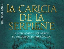 El escritor, Javier Gómez Molero, presenta su novela histórica 'La caricia de la serpiente' en Santos Ochoa