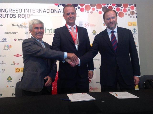 Firma de acuerdo entre Interfresa y Fedemco