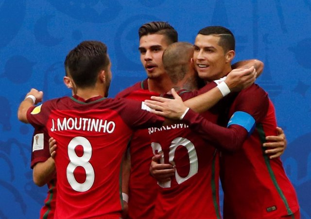 La selección de Portugal se mete en semifinales de la Confederaciones